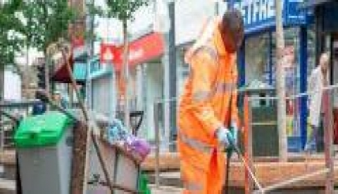NOMINATE YOUR LOCAL STREET CLEANER OF THE YEAR 2020/21